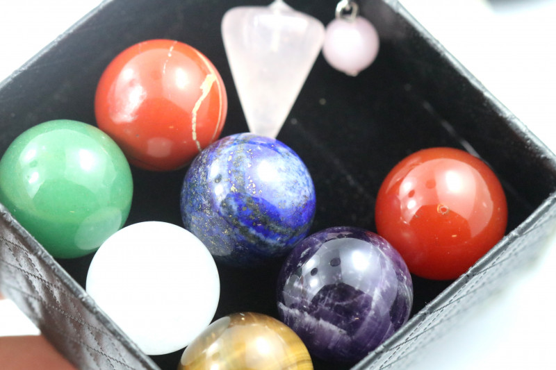 Box Seven Chakra  20 mm  Sphere  Gemstones n pendulum   AHA 147