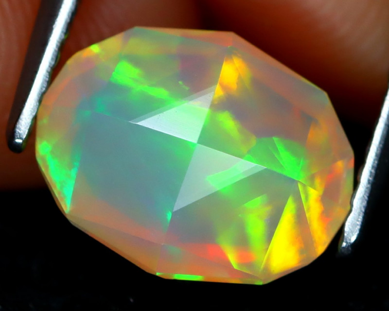 Welo Opal 1.55Ct Master Cut Natural Ethiopian Play Color Welo Opal C1617
