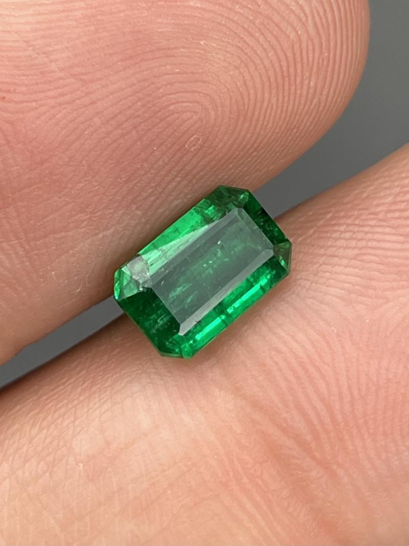 1.59 Cts Afghanistan Panjshir Emerald AAA Grade Deep Vivid Green