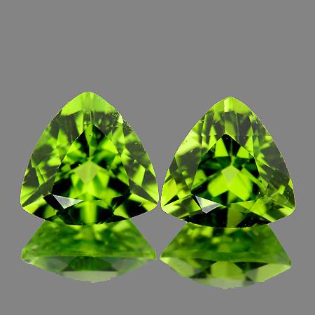 6.00 mm Trillion 2 pcs 1.56cts Green Peridot [VVS]