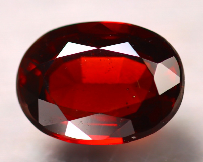 Almandine 4.50Ct Natural Red Almandine Garnet D2105/B26