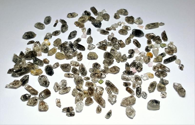 Amazing Natural color Diamond Quartz Crystals lot 100Cts-GN151