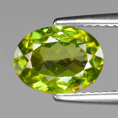 1.57 CT SPHENE WITH DRAMATIC FIRE GEMSTONE SG5