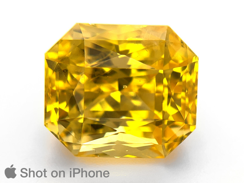 Yellow Sapphire, 15.10ct - Mined in Sri Lanka   Certified by GRS