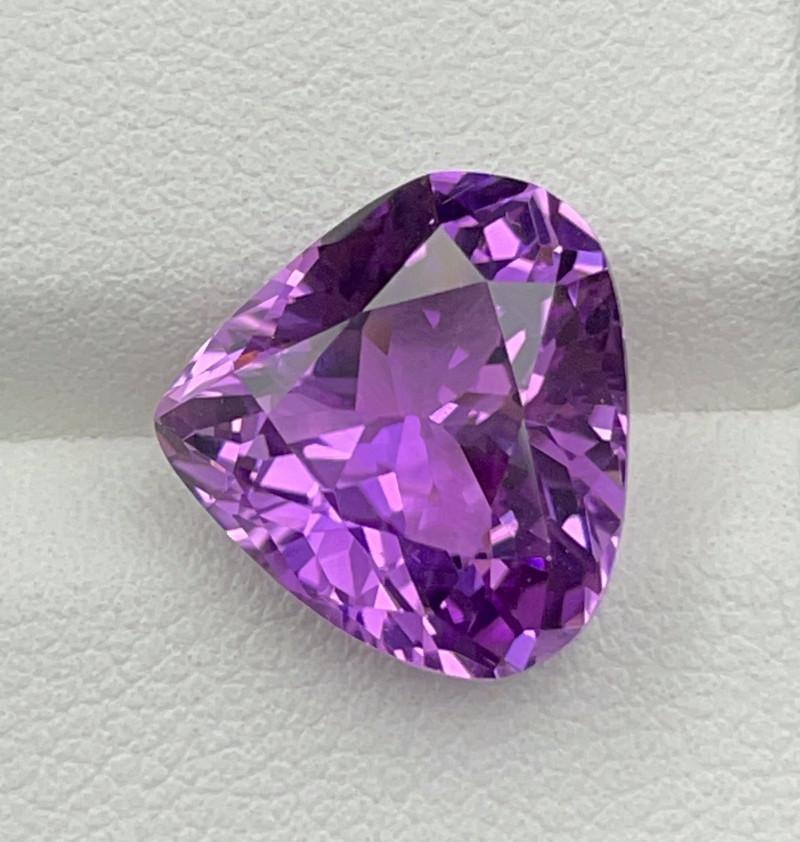 7.80 CT Kunzite Gemstones
