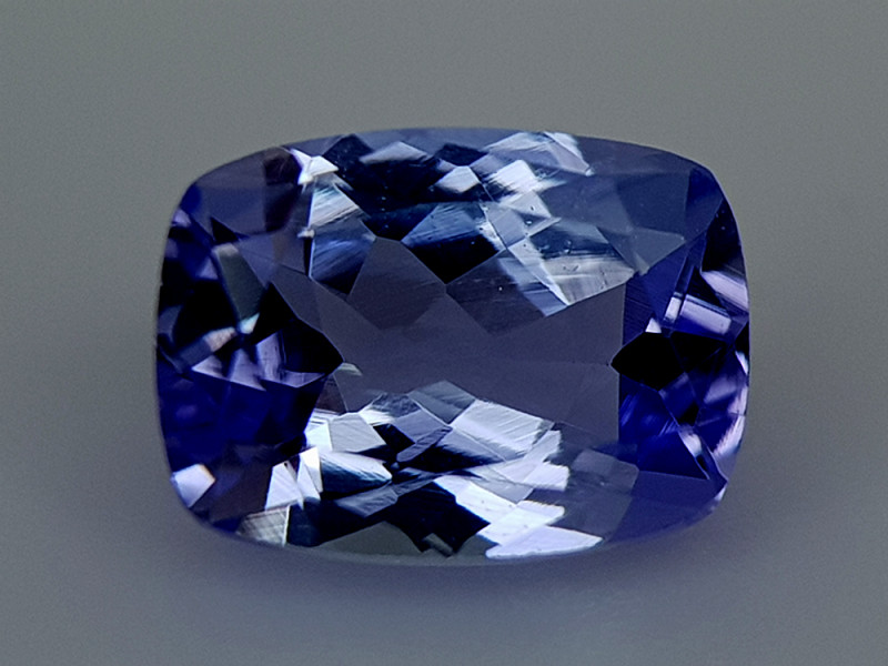 1.15Crt Natural Tanzanite  Natural Gemstones JI136
