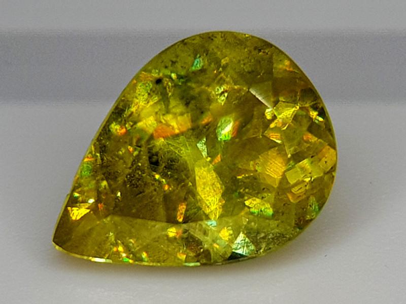 2.35Crt Sphene Color Change  Natural Gemstones JI136