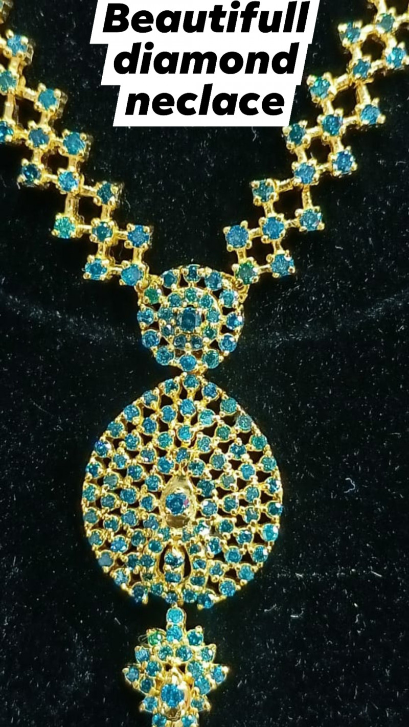 Natural diamond necklace with earings