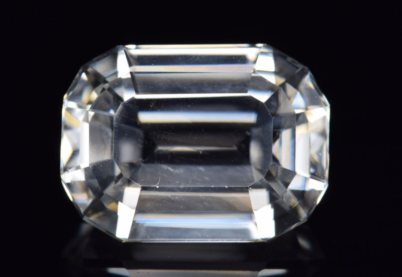 Natural Zircon 11.28 Cts Good Quality from Cambodia
