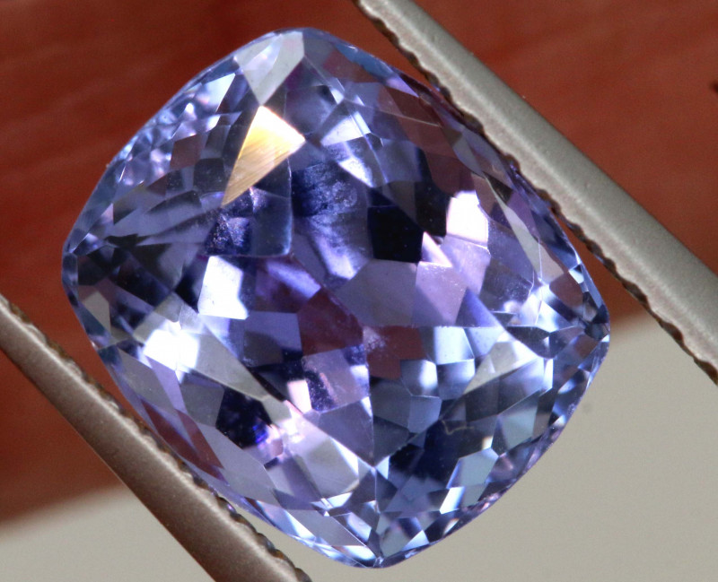 2.75 CTS  TANZANITE  FACETED  STONE   PG-3553