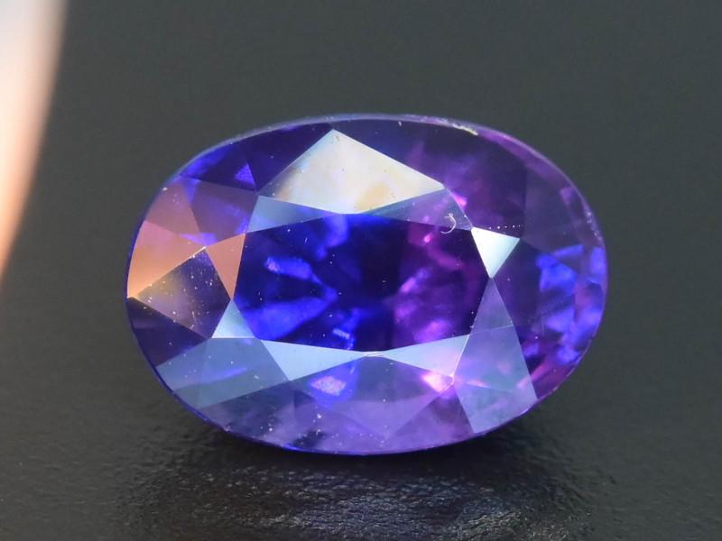 Color Change 0.99 ct Blue Sapphire SKU.32