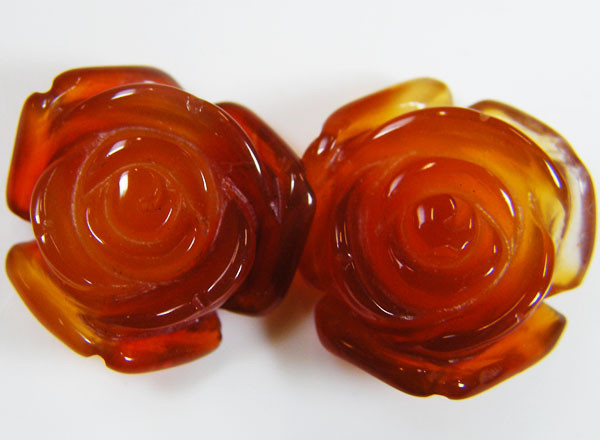 PAIR NATURAL FLOWER CARVING AGATE STONES 24 CTS AAT 355