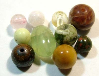 ASSORTED NATURAL BEADS (PARCEL)  14.20CTS FNP1868 (NP-GR)