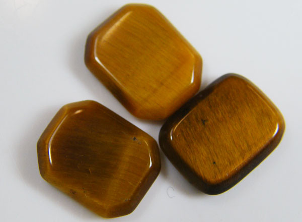 PARCEL OF 3 SQUARE  11X8X2 TIGER EYE CARATS 6.05 AAT 704