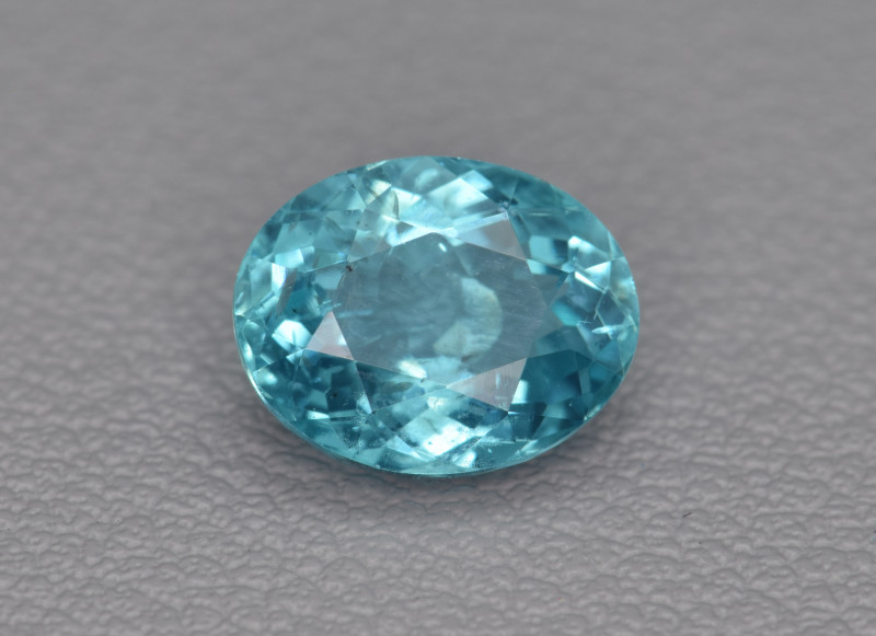 Natural Apatite 1.82 Cts  Excellent Paraiba Color Gemstone