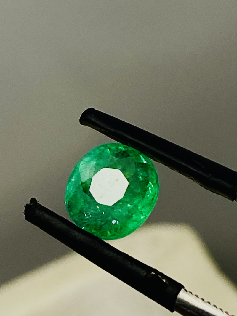 1.52 CT- EMERALD FROM COLUMBIA - I DISCONNECT MY COLLECTION.  AFTER 36 YEAR