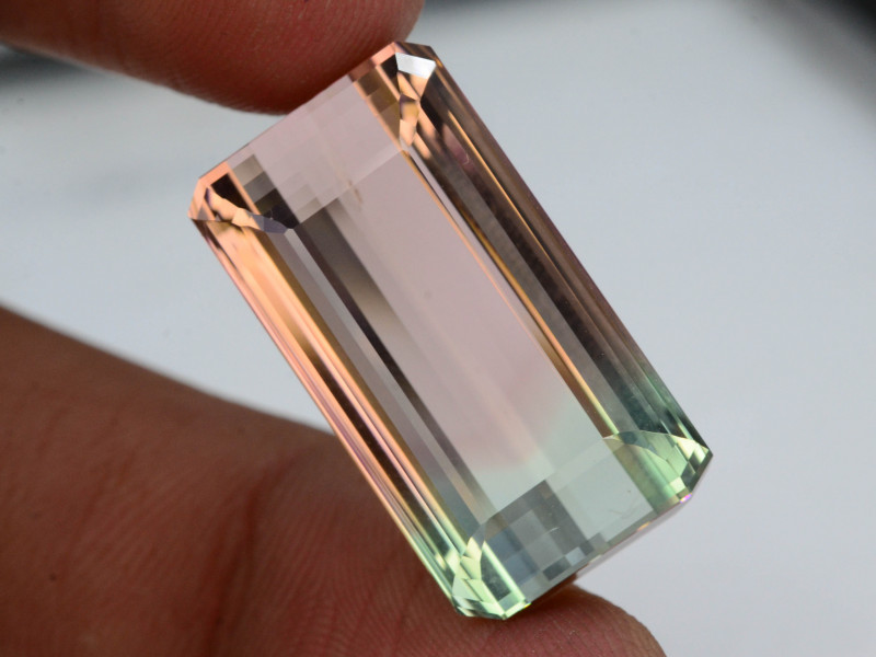 Top Grade & Cut 23.50 Ct Natural Bi Color Tourmaline H.M