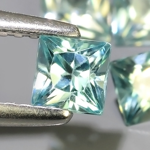 2.80 CTS~EXCEPTIONAL NATURAL RARE FANCY SQARE CUT BLUE~ZIRCON EXCELLENT!!