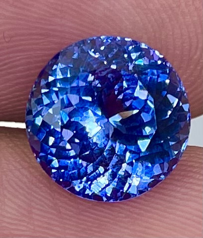 5.85 CT AAA Excellent Cut Rare Violet Blue Tanzanite - TNS05
