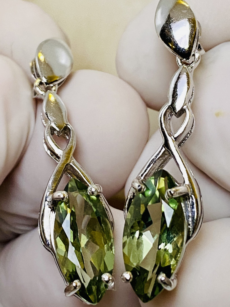 KIWI TOPAS EARRINGS- , SILVER GOLD PLATED UNUSED - COLLECTION!