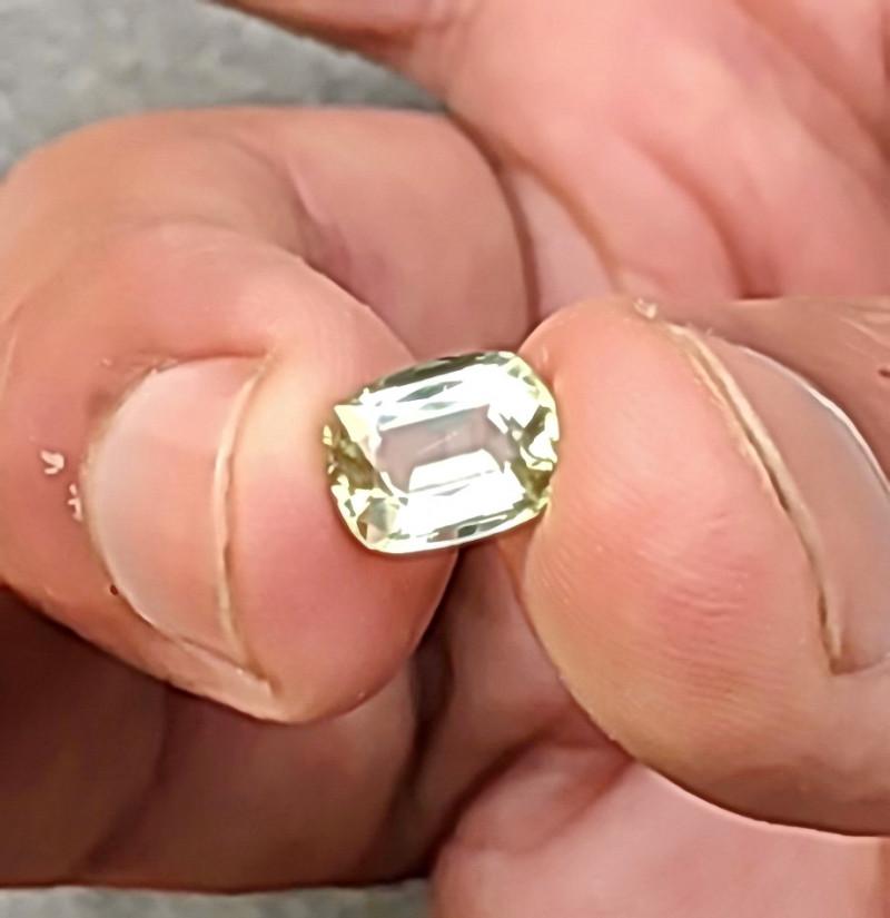VVS Lite Golden Tourmaline Cut Stone