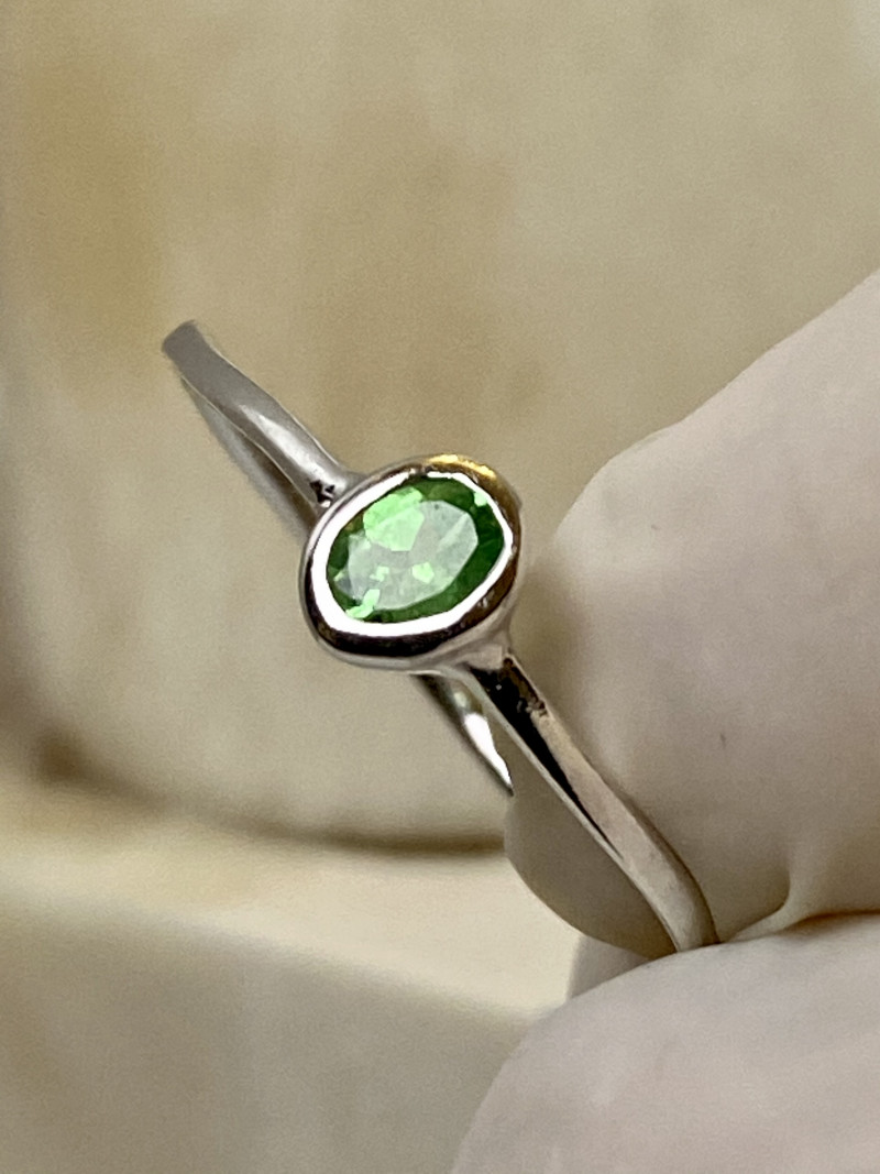 TSAVORITE RING WITH  SILVER FROM COLLECTOR- UNUSED!