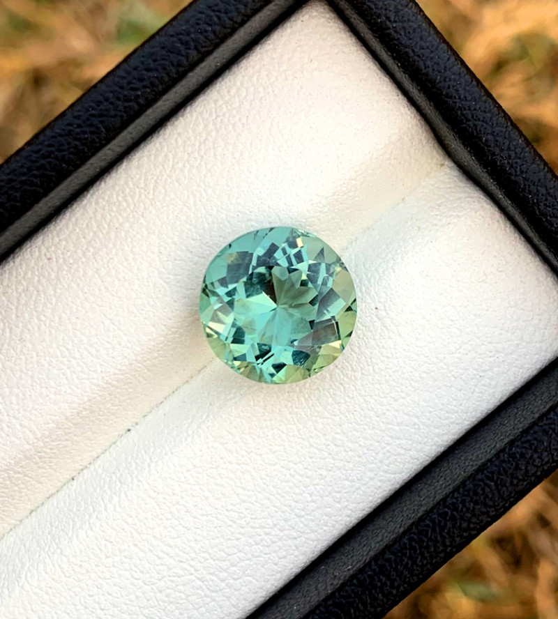 5.60 Carats Natural Aquamarine Gemstones