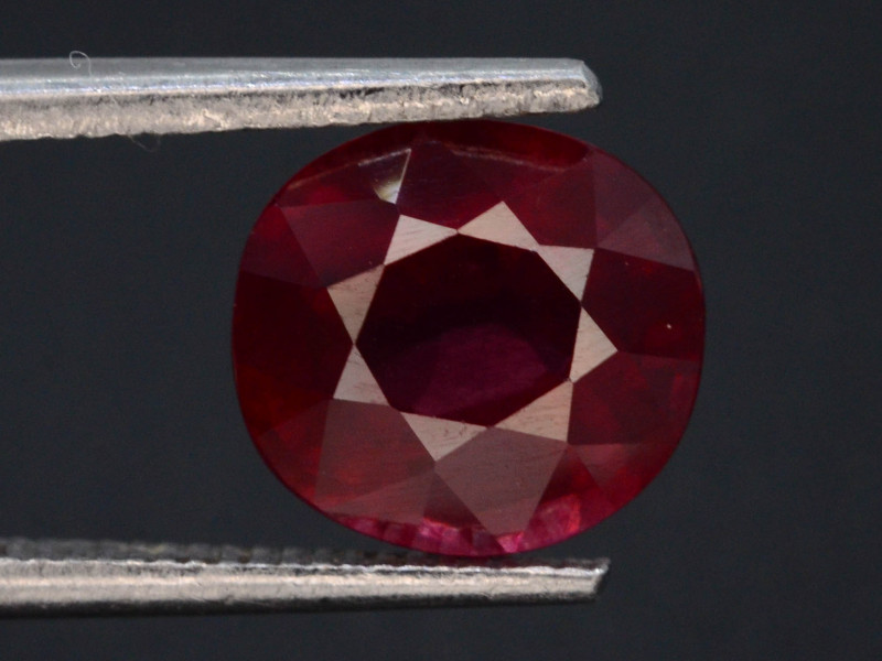AAA Cut 2.00 Ct Natural Ravishing Color Rhodolite Garnet .A.