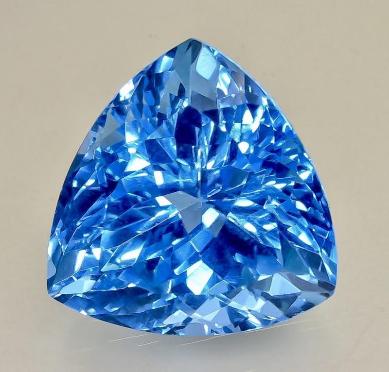 32.35 Crt Topaz  Faceted Gemstone (Rk-76)