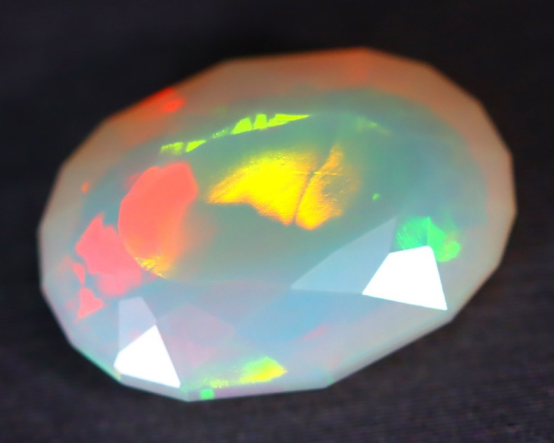 4.49Ct MicroCell Broad Flash Pattern Neon Flash Faceted Welo Opal B2210