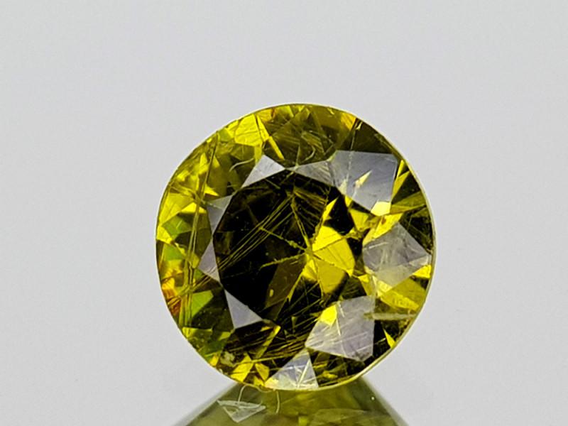 0.56Crt Rarest Russian Demantoid Garnet Horsetail inclusion  Gemstones JI09