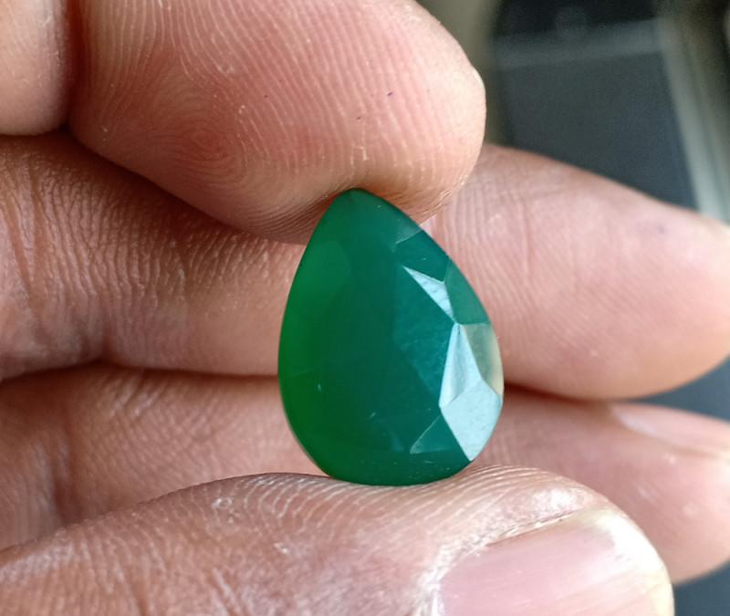 Green Onyx Natural Fancy Shape and Form Gemstone VA5158