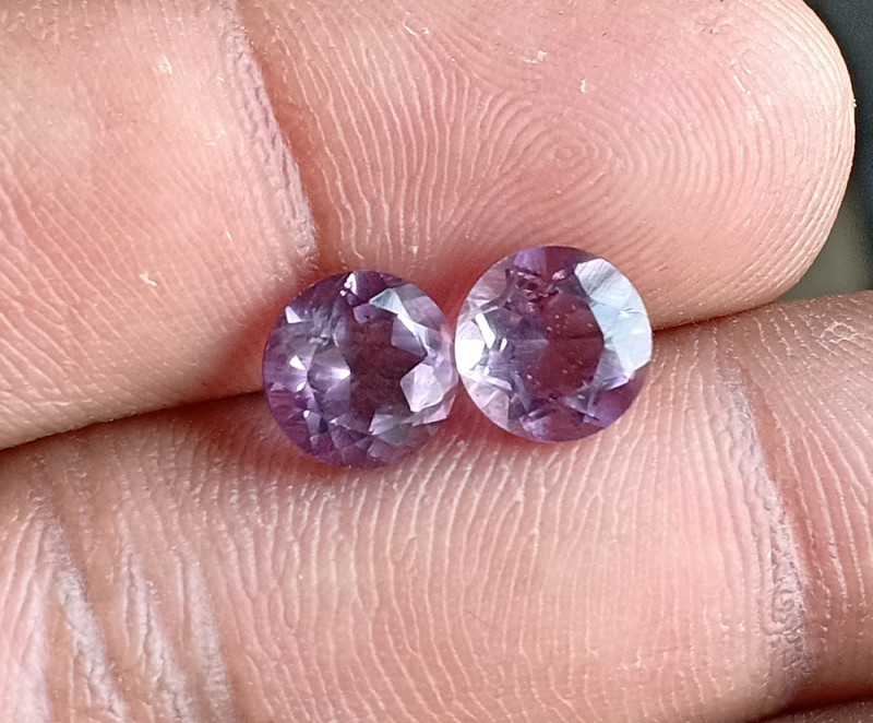 AMETHYST PAIR TOP QUALITY GENUINE GEMSTONES 7mm Round VA5160