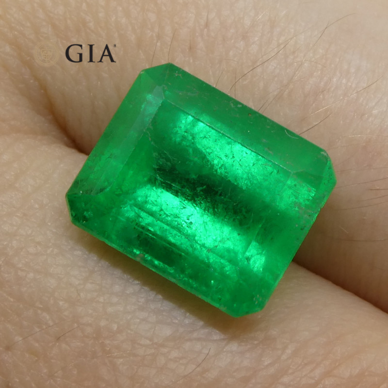 6.16ct Octagonal/Emerald Cut Emerald GIA Certified Colombian