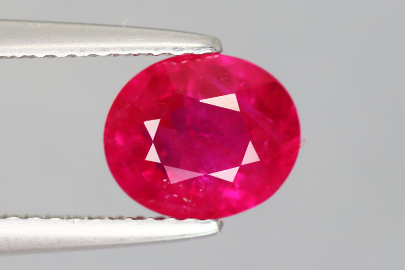 1.950 CT RUBY BLOOD RED ONLY HEATED 100% NATURAL BURMESE AIG CERTIFIED