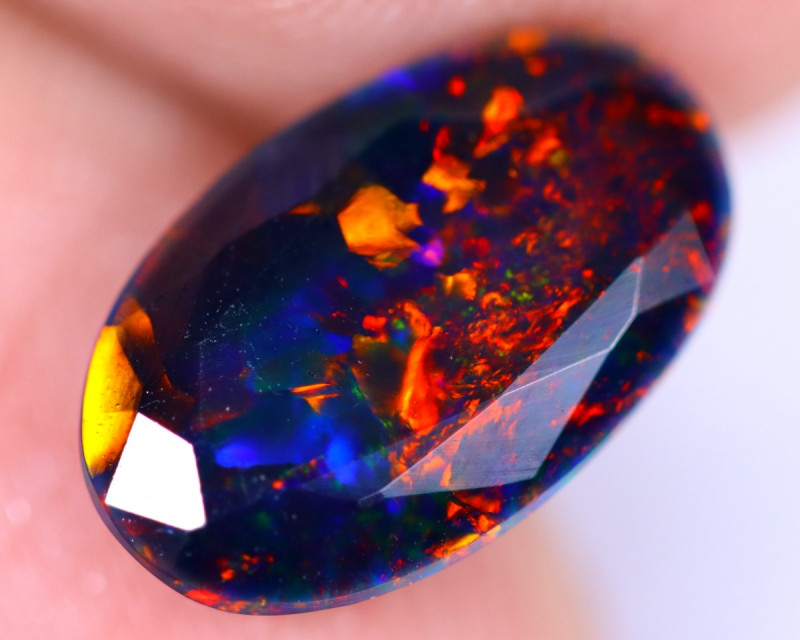 1.71cts Natural Ethiopian Welo Smoked Faceted Opal / MA1490