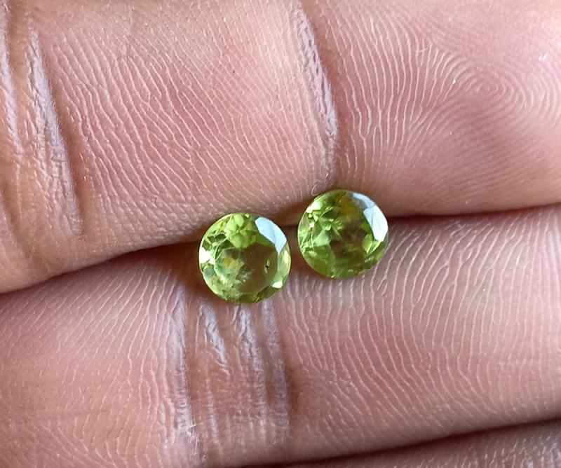 Natural Peridot Gemstone Pair 100% Genuine VA5323