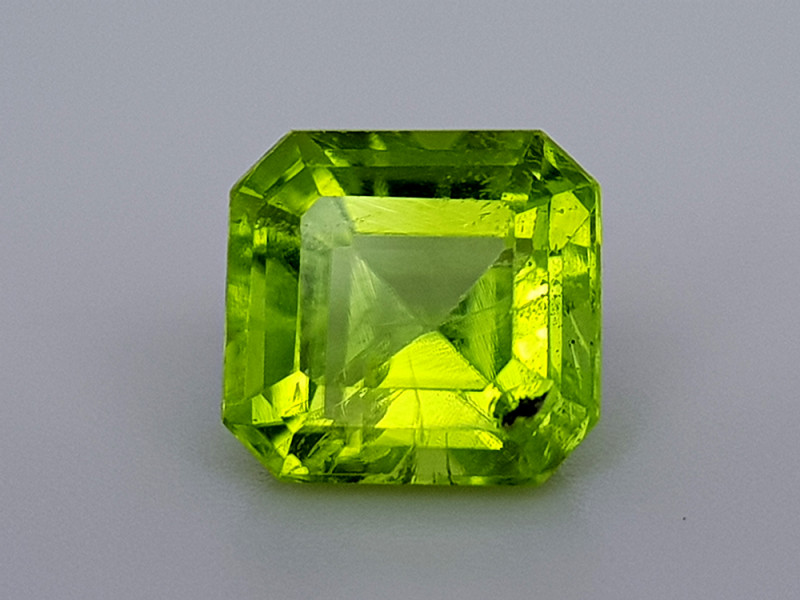 2.32Crt Natural Pakistan Peridot Natural Gemstones JI13