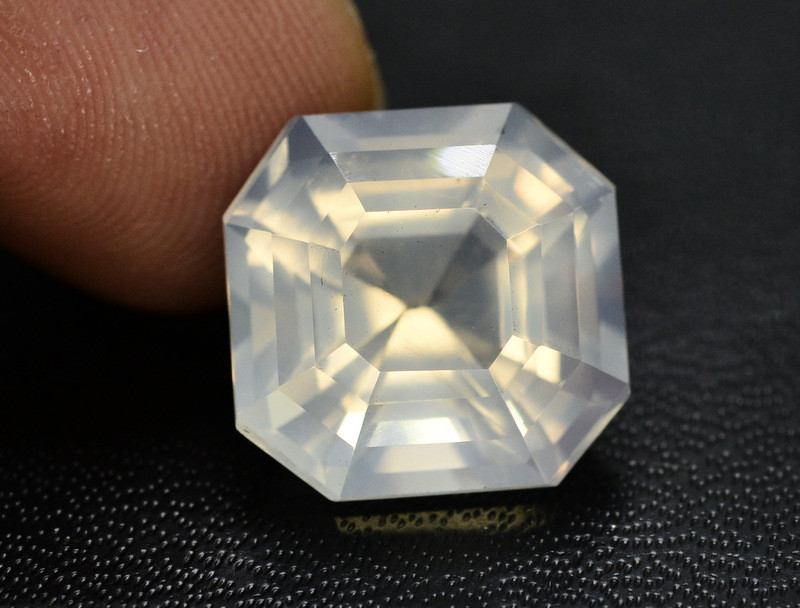Top Quality 11.00 ct Natural Moonstone Amazing  Color ~ 1