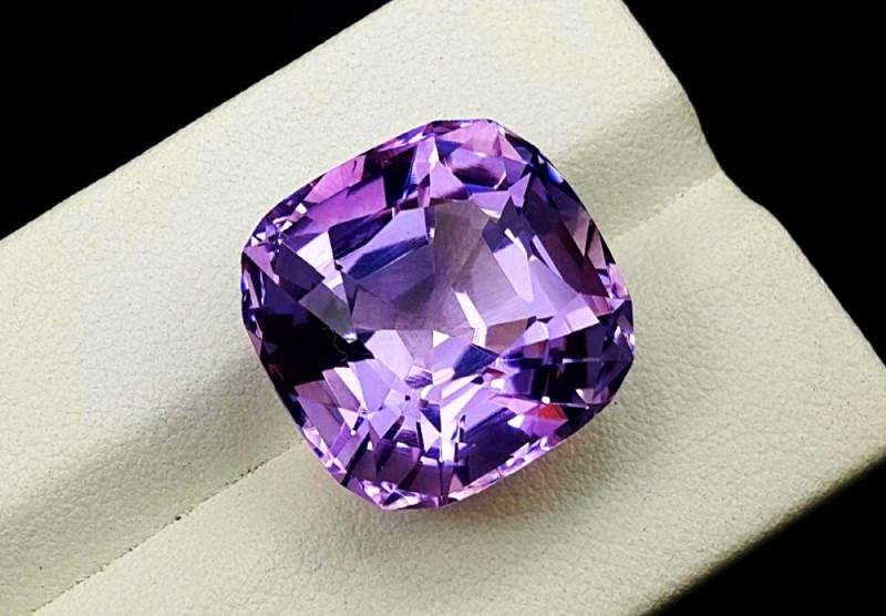 Amethyst, 20.85 Cts Natural Top Color & Cut Amethyst Gemstones