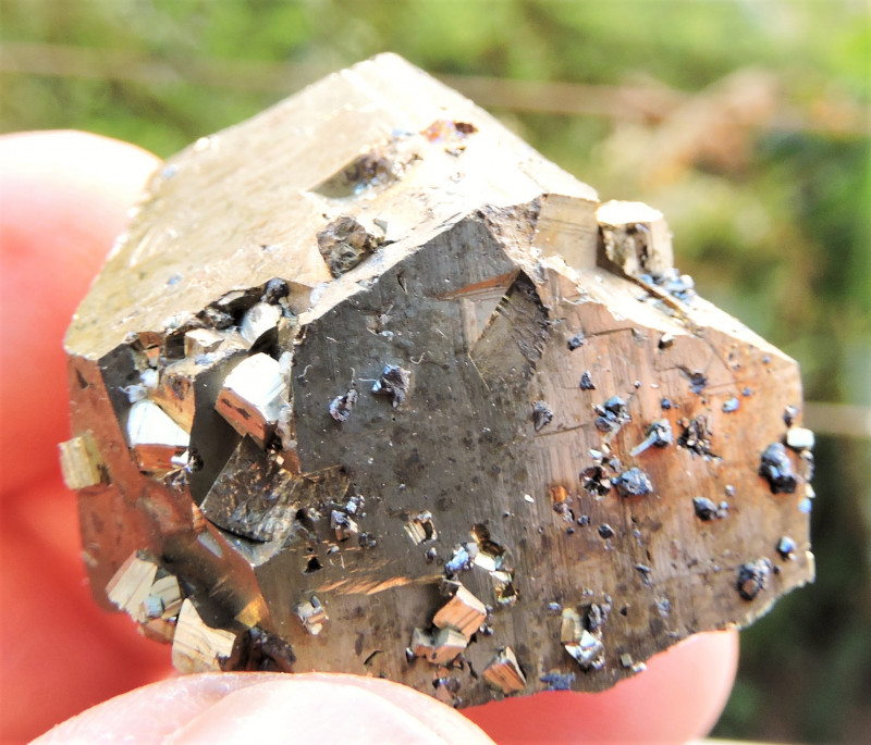 41.50g IRIDESCENT PYRITE CUBE SPHALERITE FROM MADAN FIELD BULGARIA