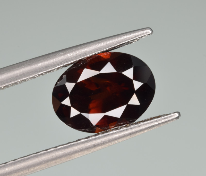 Natural Zircon 3.08 Cts Good Quality from Cambodia