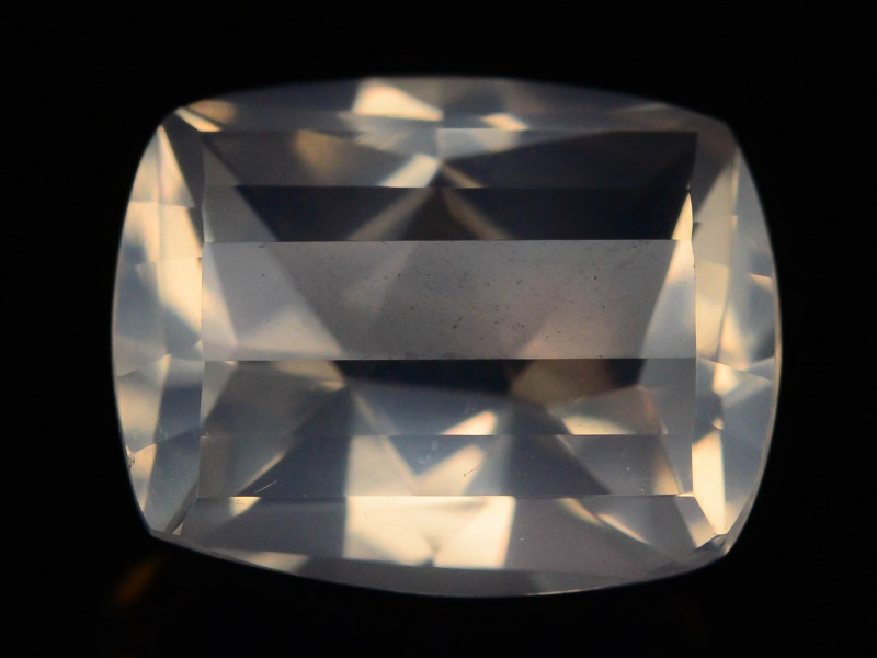 Top Quality 4.00 ct Natural Moonstone Lite Pink Color ~T
