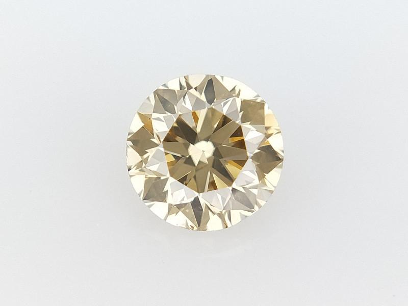 0.30 CTS , Round Brilliant Cut , Light Colored Diamond