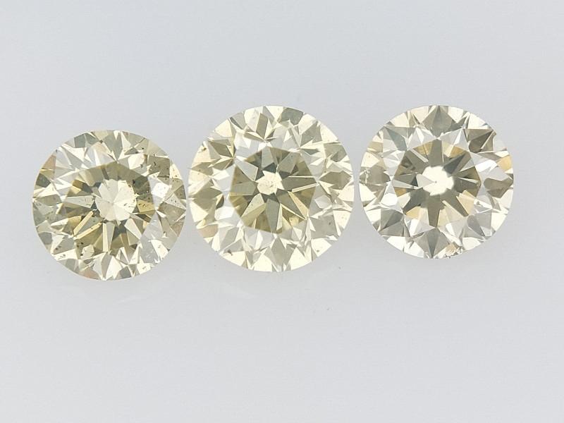 0.50 CTS , Round Brilliant Cut , Light Colored Diamond