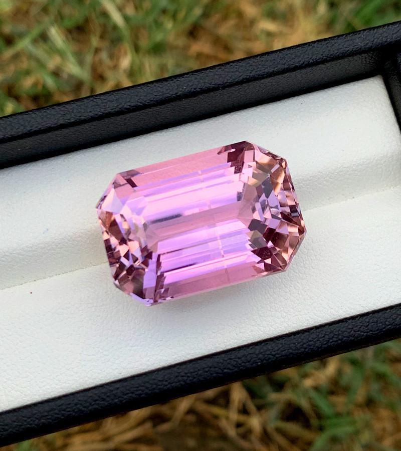 58.85 cts Natural Pink Kunzite Gemstone