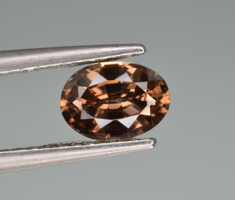 Natural Zircon 1.54 Cts Good Quality from Cambodia