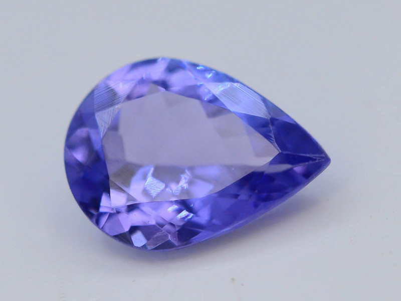 AAA Grade 0.90 ct Tanzanite Eye Catching Color ~ AH