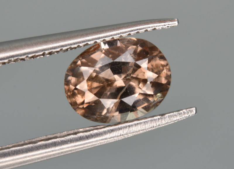 Natural Zircon 1.40 Cts Good Quality from Cambodia