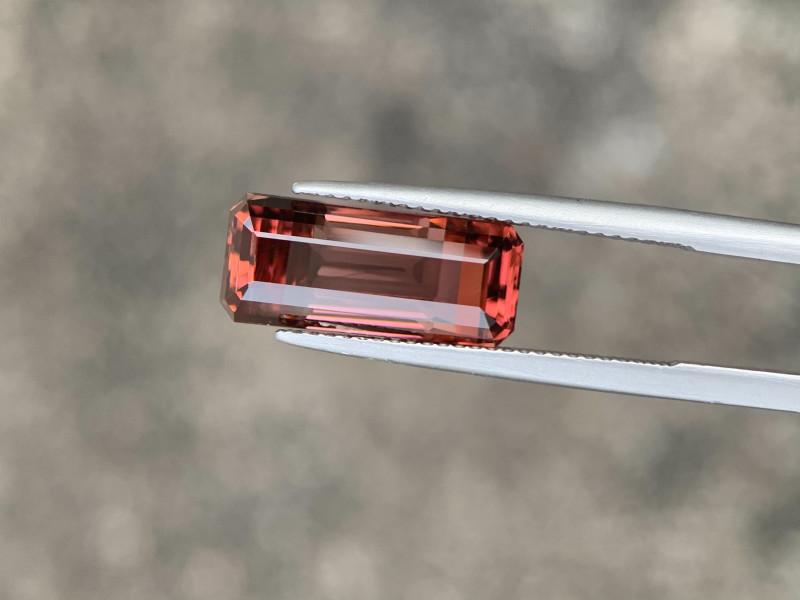 6.52 Carat Bi Color Natural Tourmaline from Africa